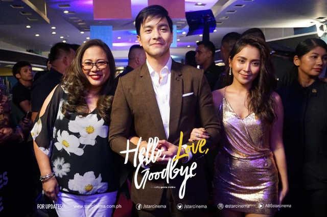 LOOK: Kapamilya and Kapuso stars arrive at 'Hello, Love