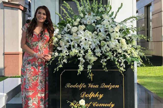 """Zsa Zsa Padilla visits Dolphy on his 7th death anniversary: """"Lovey, in my heart, you'll live on forever"""""""