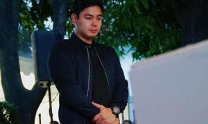 Coco Martin visits FPJ's grave on his 80th birthday