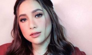 "Moira Dela Torre responds to persistent basher with song lyrics: ""Minsan talaga kakantahan mo nalang sila"""