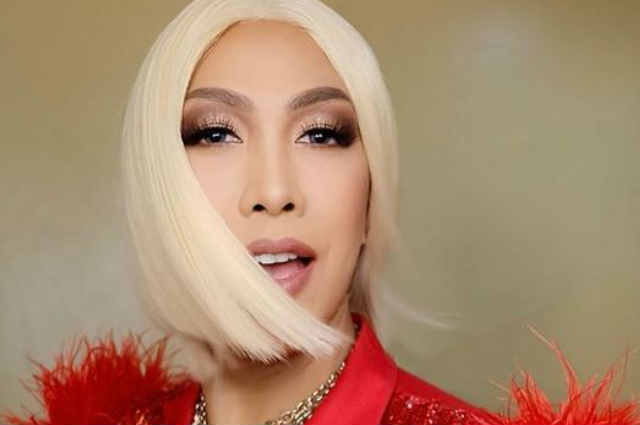 """Vice Ganda calls out 'nega' fans who use his name and photos: """"Please stop being my fake fan!"""""""