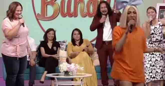 Netizens react to Vice Ganda ignoring Baron Geisler and fiancee at the set of 'Magandang Buhay'