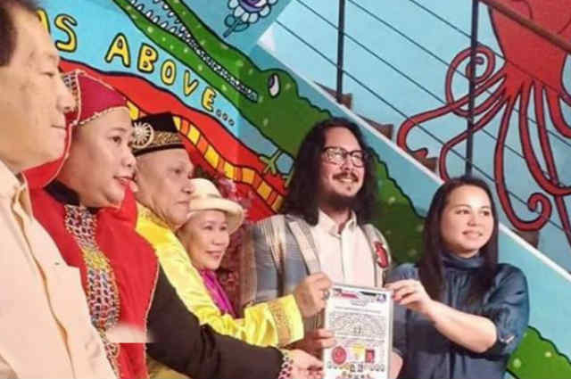 Baron Geisler conferred with 'Datu' title by Sulu royals