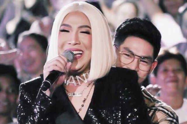 Vice Ganda spends Halloween with Ion Perez in Japan