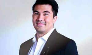 Luis Manzano responds to netizens' remarks about him being an in-demand host