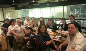 LOOK: Maine Mendoza spends dinner with Arjo Atayde, Sylvia Sanchez, and family